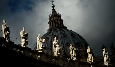 Монтаги Кийн: Ватикана вече е на колене, но работата по обелиските трябва да продължи