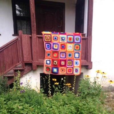 Одеало Еньовден - ръчно плетено на една кука