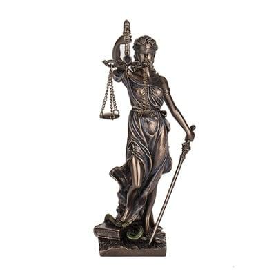 СТАТУЯ БОГИНЯ ТЕМИДА, 19 см - за справедливост и духовна сила - VERONESE