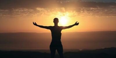 """Дзен майстора Ошо разкрива защо """"Позитивното мислене"""" не е добър съветник"""