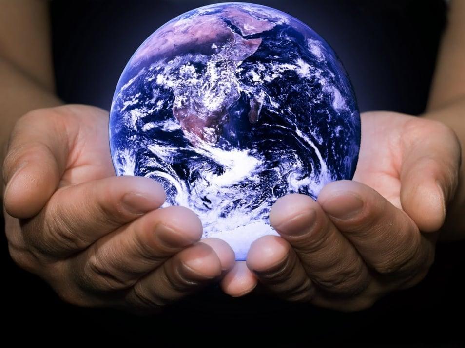 Духовното израстване на хората води света към желаната положителна промяна