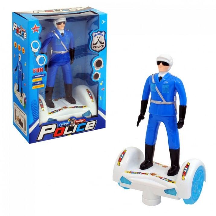 Полицай с ховърборд