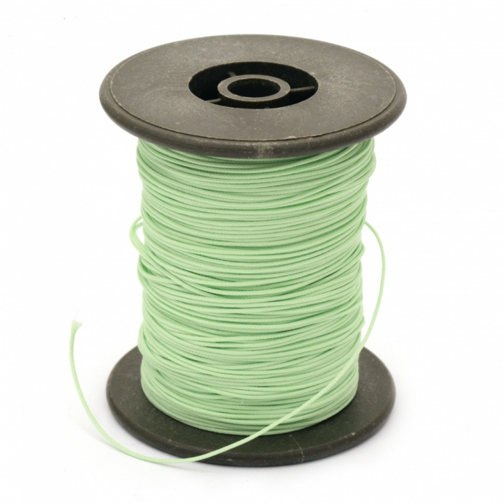 Шнур полиестер с основа корда 0.8 мм зелен светло ~60 метра