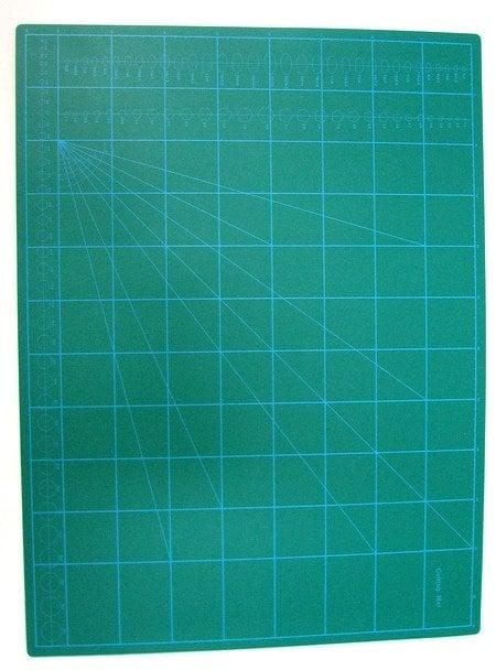 Самовъзстановяваща се подложка за рязане двулицева трипластова A2 42x59.4x0.2 см