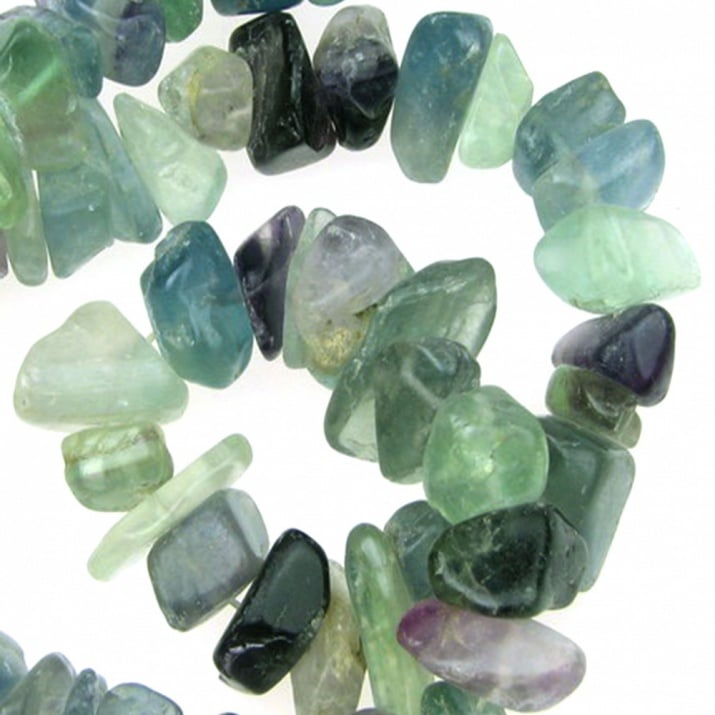Наниз естествени камъни чипс 8-12 мм ~90 см ФЛУОРИТ