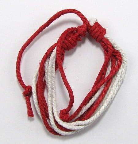 Мартеници гривна колосан шнур 8 реда 10 броя