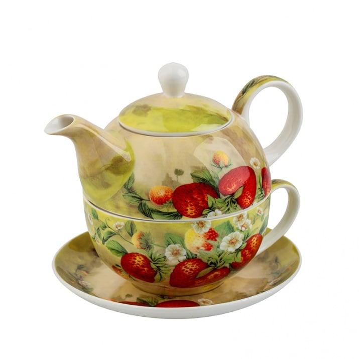 Ягоди чаша и чайник