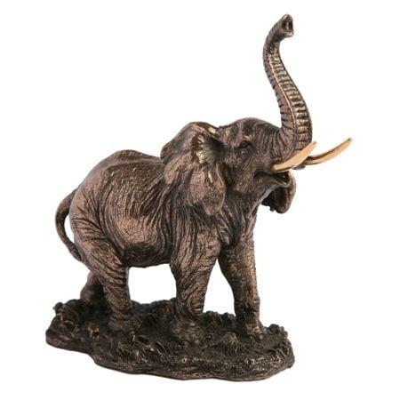 Слонче с бивни