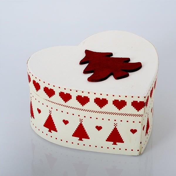 Кутия сърце от папие маше, 8,5 x 7,5 x H 3,1 cm