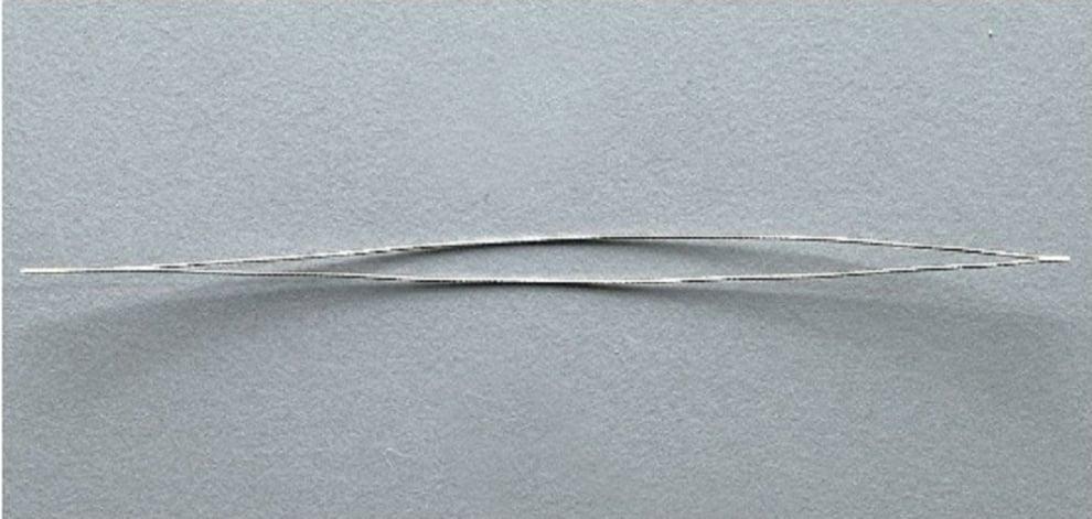 Алуминиево фолио, 20 х 30 см / 0,15 мм, 3 бр., двуцветно - червено и сребристо Игла  с ухо за низане на мъниста, 70 mm