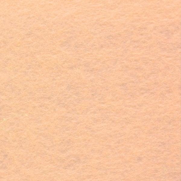 Филц лист, 30 x 45 cm x 2 mm, полиестер, 350g/m2 Филц лист, 30 x 45 cm x 2 mm, полиестер, 350g/m2,  цвят телесен