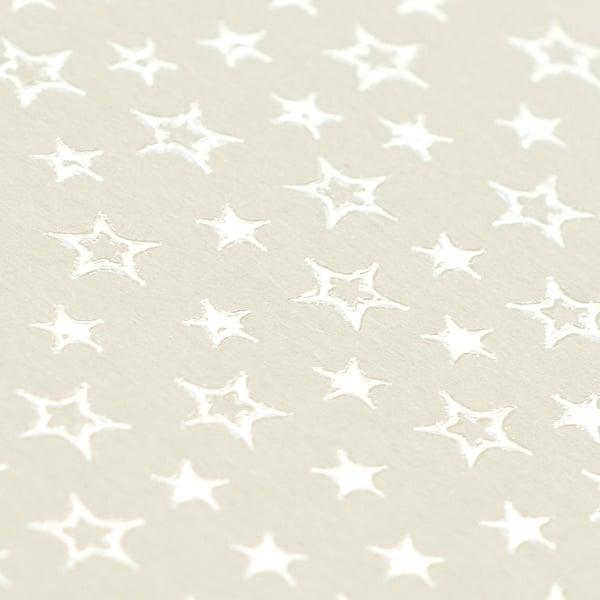 Фото картон с орнаментен лак, 220 g/m2, 47 x 69 cm, 1 лист Фото картон с орнаментен лак, 220 g/m2, 47 x 69 cm, 1л, старинно бял със звезди