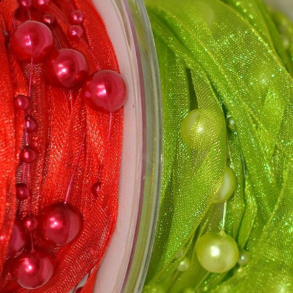Лента сатенена+шифонена+нишка с перли, 10 mm, 2.5m, червена