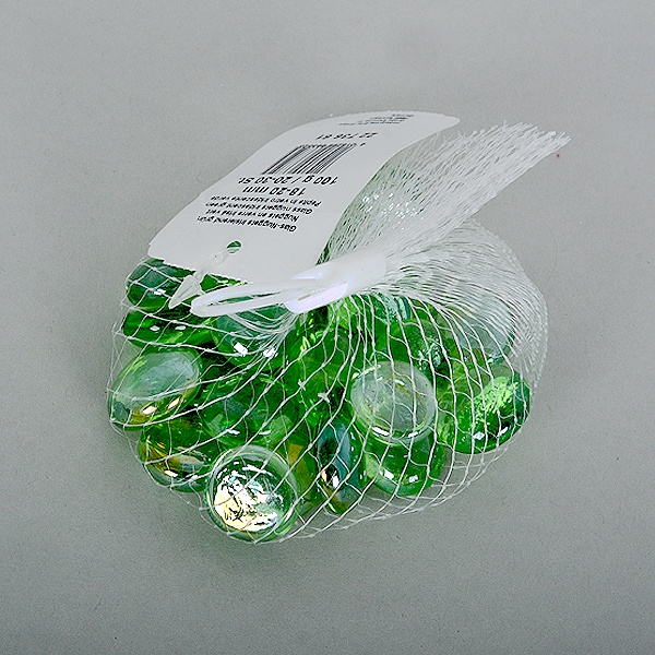 Стъклени камъчета, Glas-Nuggets, 18-20 MM, 100 G / 20-30 БР. Стъклени камъчета, Glas-Nuggets, 18-20 mm, 100 g / 20-30 бр., преливащи цветове, светло зелени