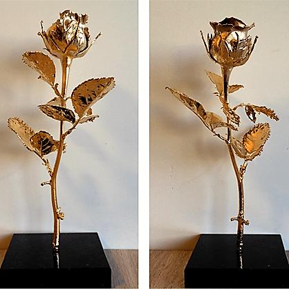Истинска роза - пластика, позлатена с 24 каратово злато