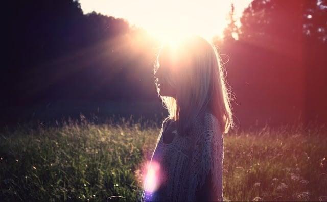 Виждате неща невидими за другите: Няколко признака, че сте много чувствителни към заобикалящата енергия