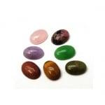 Полускъпоценен камък тип кабошон АСОРТЕ овал 18x13x5~6 мм