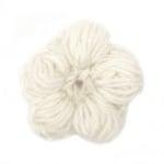 Цвете плетено 40~50x10~15 мм бяло