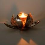 Metall свещник Лотос - голям
