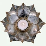 Metall свещник Лотос - малък